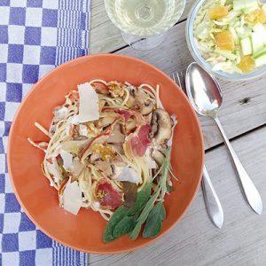 linguine met pancetta en salie