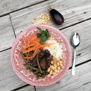 Zoetzure aubergine